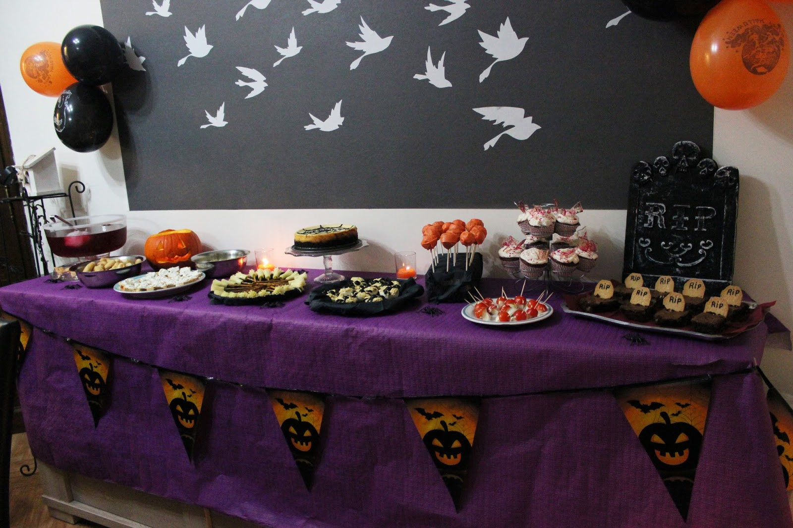 http://carnet-sucre.blogspot.com/2015/11/table-dhalloween.html
