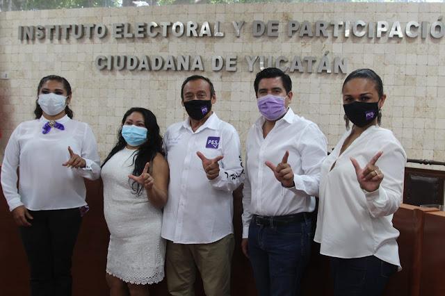 Se inscriben aspirantes a legisladores locales por el PES ante el Iepac