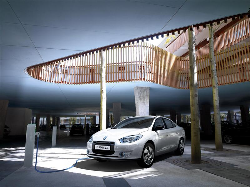 صور سيارة رينو فلوانس Z.E 2014 - اجمل خلفيات صور عربية رينو فلوانس Z.E 2014 - Renault Fluence Z.E Photos Renault-Fluence_Z.E_2012_800x600_wallpaper_14.jpg