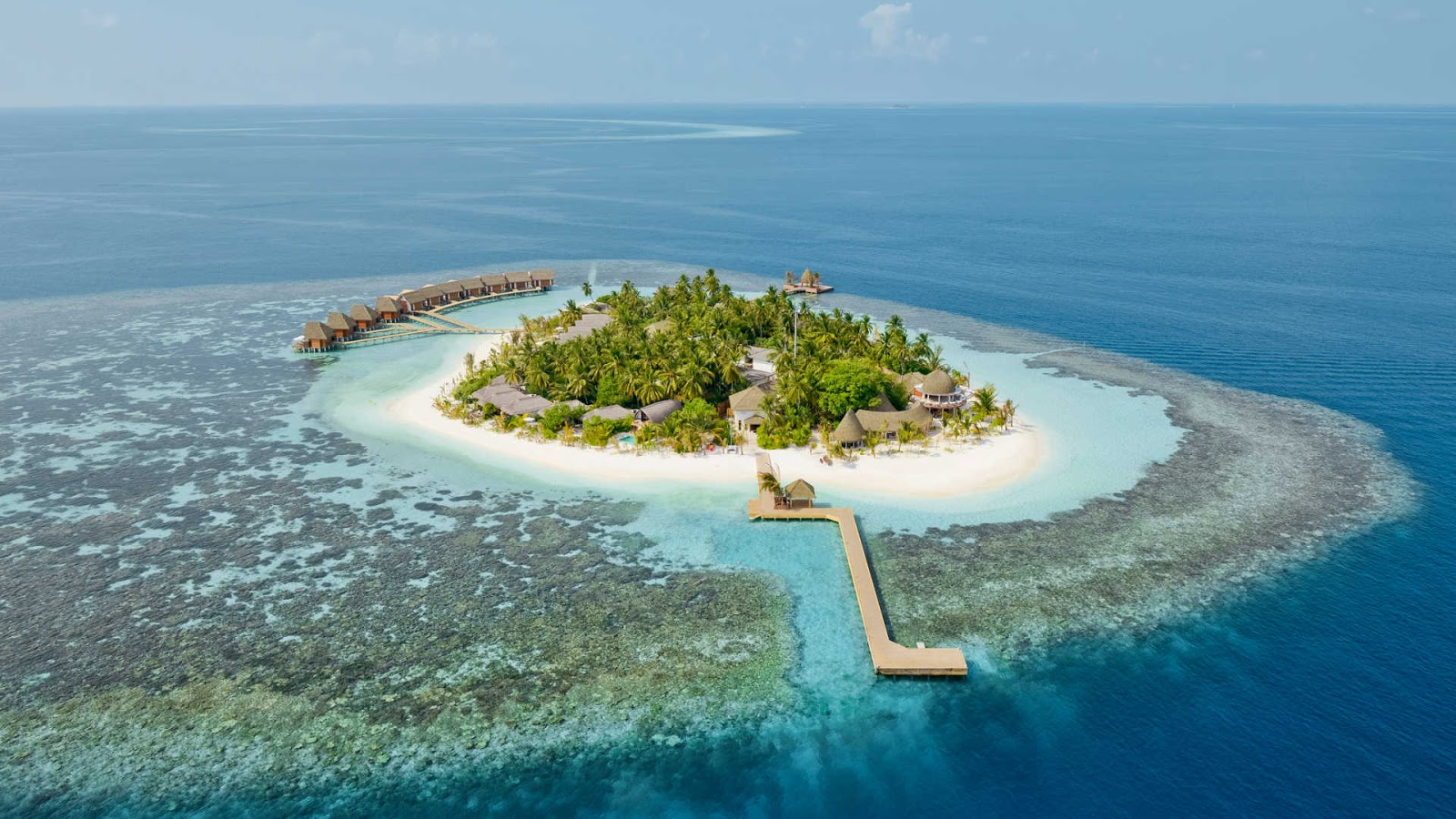 Maldives Is Famous For The Presence Of Some Worlds Best Beach Resorts And Spas That Are Sure To Provide You A Way Know Real Essence Luxury