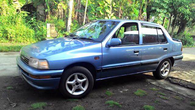 Daihatsu Charade Classy G102