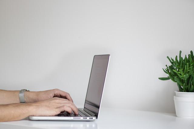 5 طرق لتحسين سرعة الكتابة على الكيبورد