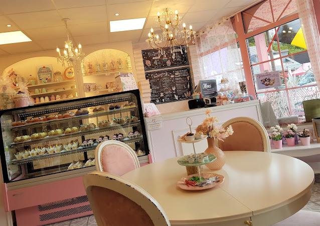 salon de thé féerique rose charleroi