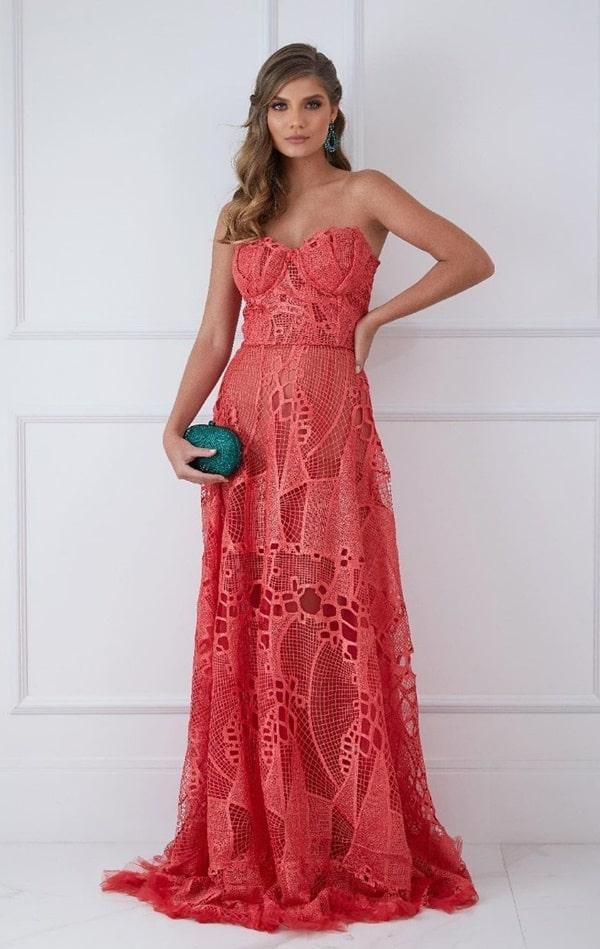 vestido longo coral de renda para madrinha de casamento