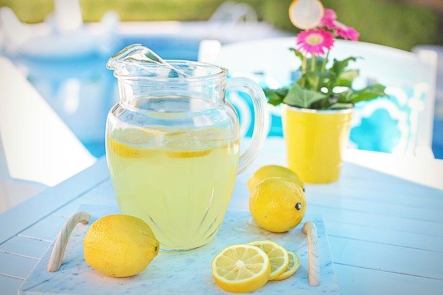 Como bajar de peso con limón