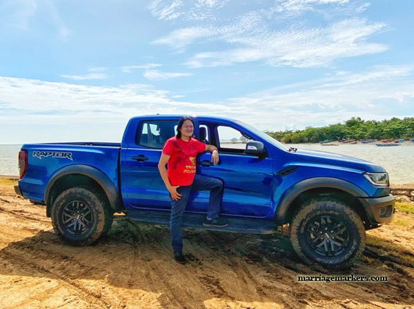 Ford, Ford Negros, Ford Philippines, Ford Ranger Raptor, Ford Ranger Raptor Review, family trip, road trip, Ford Raptor, performance blue color, travel, family travel, Bacolod City, Negros Occidental, Ford dealership, pickup truck, Ford Raptor features, Ford Ranger Raptor 2020, Fox Racing, Position Sensitive Damping shock absorbers, car seat, pc gaming chair, pc games, mpv, city driving, safe driving, province, countryside, rambutan, fresh fruits, mountainscape, SYNC 3, vehicle interface, voice command, bi-turbo engine, park assist, Autonomous Emergency Braking, steering wheel, GPS, Google maps, Mt. Kanla-on