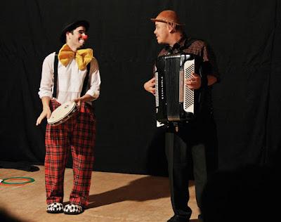 Sesc Registro traz apresentação de dança indígena, circo com palhaço e músico e oficinas de alimentação, saúde e meio ambiente
