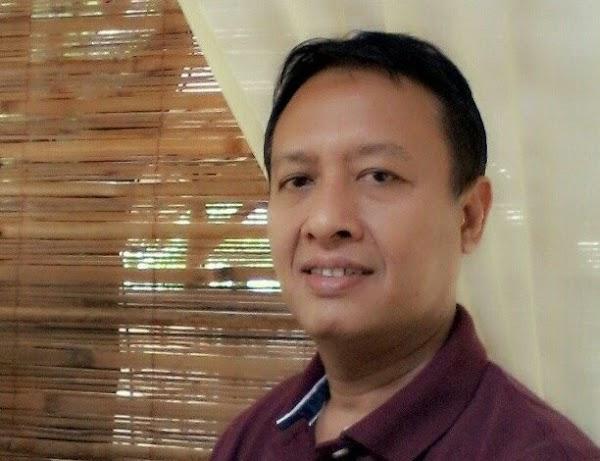Umpamakan UU ITE dengan Kitab Suci, Henry Subiakto Diprotes