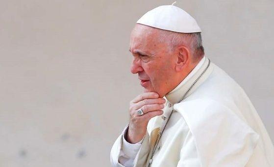 Abusados por sacerdotes chilenos piden justicia al papa Francisco