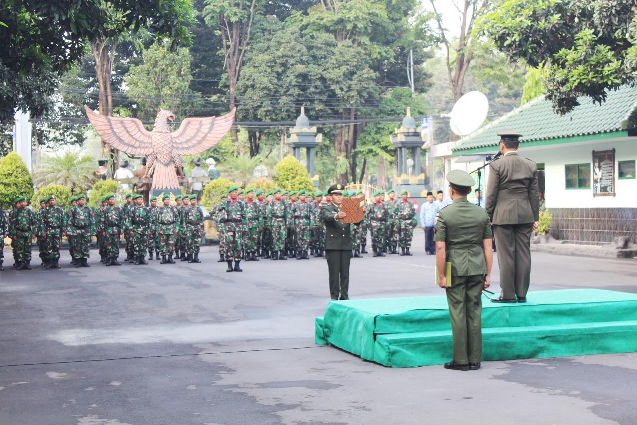Peringati Hari Pahlawan Kodim 0821 Gelar Upacara Bendera