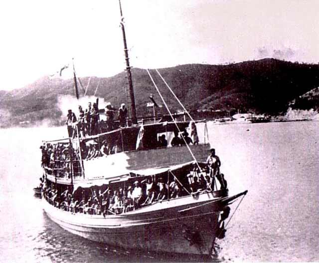 HMAS Laurabada arrives in Port Moresby on 12 April 1942 worldwartwo.filminspector.com