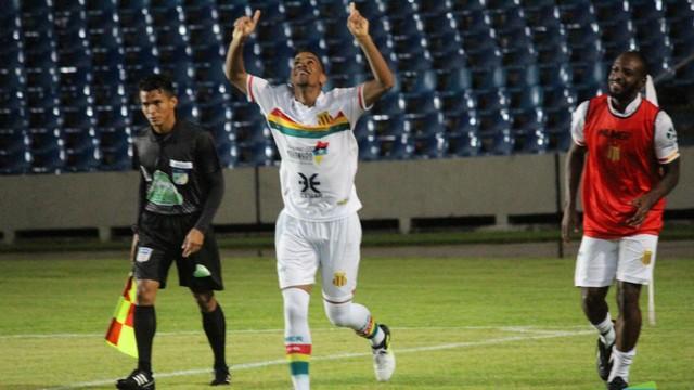 Com hat-trick de Uilliam, Sampaio Corrêa vence o Bacabal na estreia no Maranhense