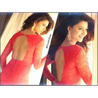 Urvashi Rautela Hot Photoshoot for Hollywood Hungama