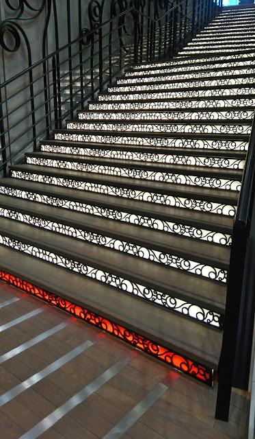 passage pommeraye, nantes, escalier, bullelodie