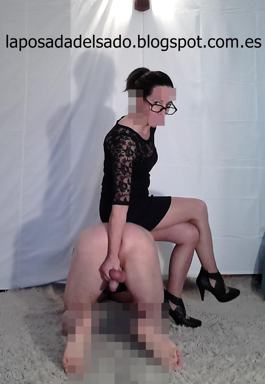 Enculando a un esclavo en el suelo - 2 part 3