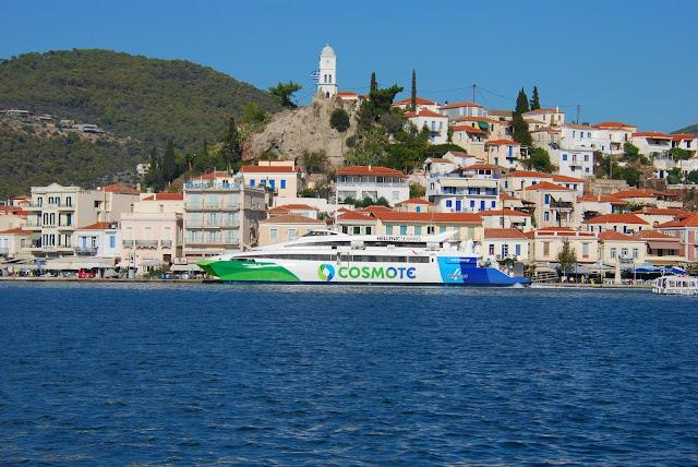 Ταλαιπωρία για 75 επιβάτες πλοίου στις Σπέτσες λόγω βλάβης