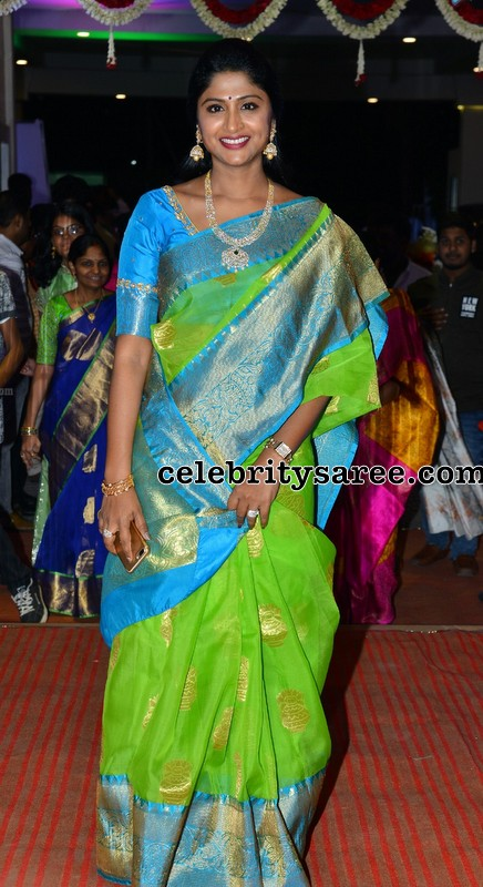TV Actress in Neon Green Saree