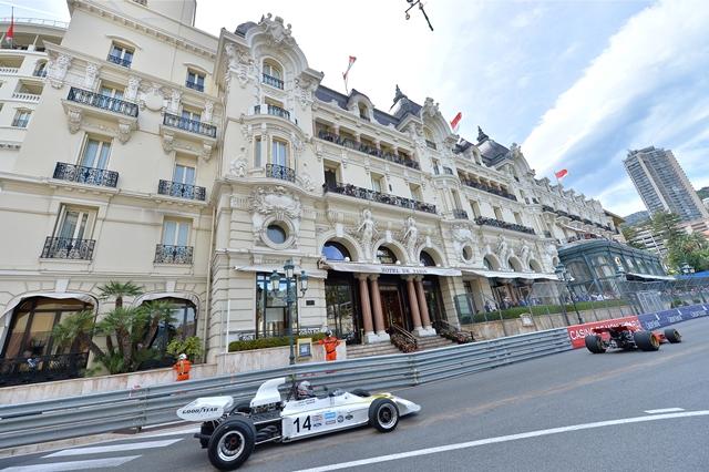 TURISMO: Mônaco sedia três corridas de automobilismo
