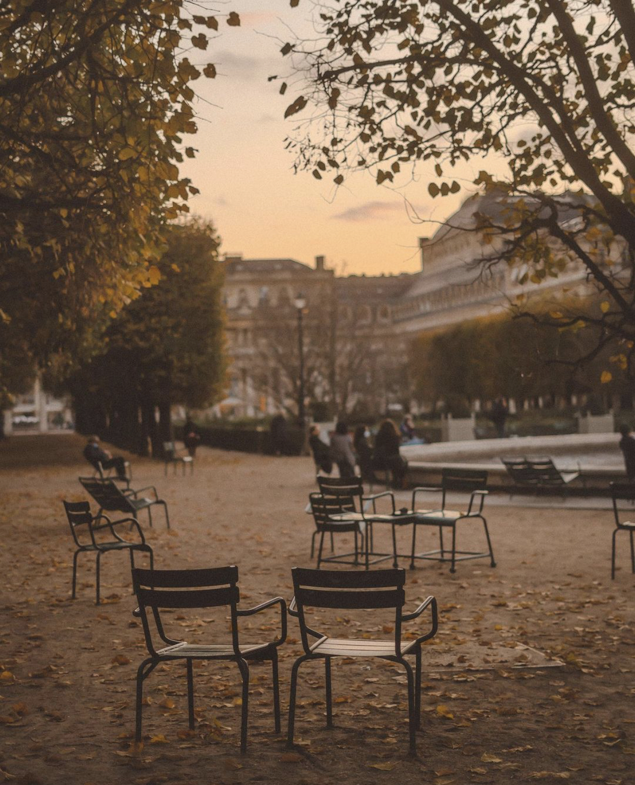 Style Inspiration | Parisian Shopping: Black Week 2020 Part 1