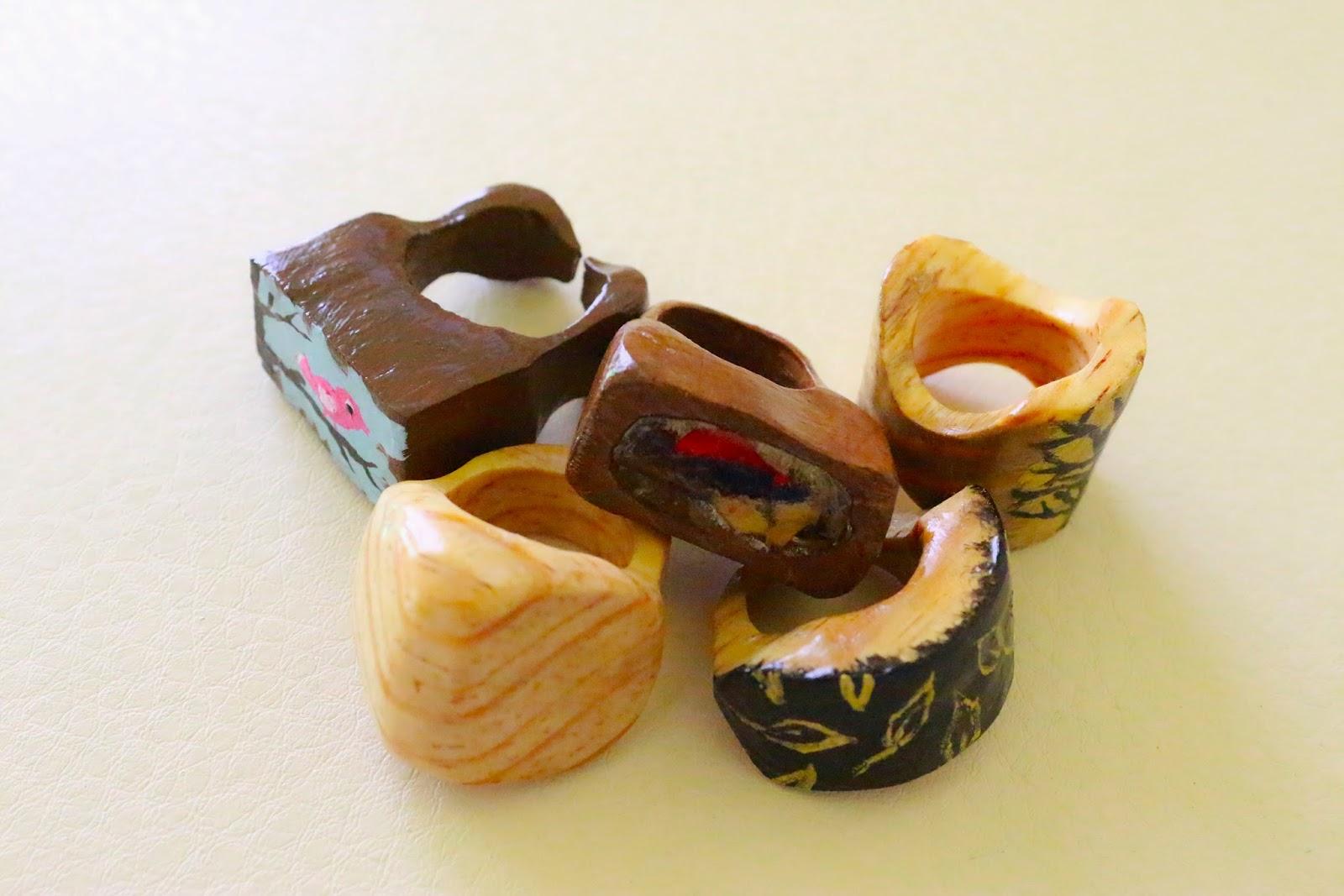 Anillos de madera artesanales