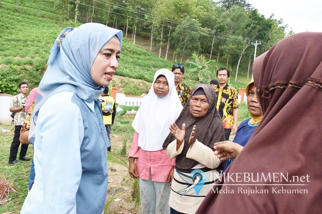 Kunjungi Kebumen, Senator Denty Pilih ke TPA Kaligending