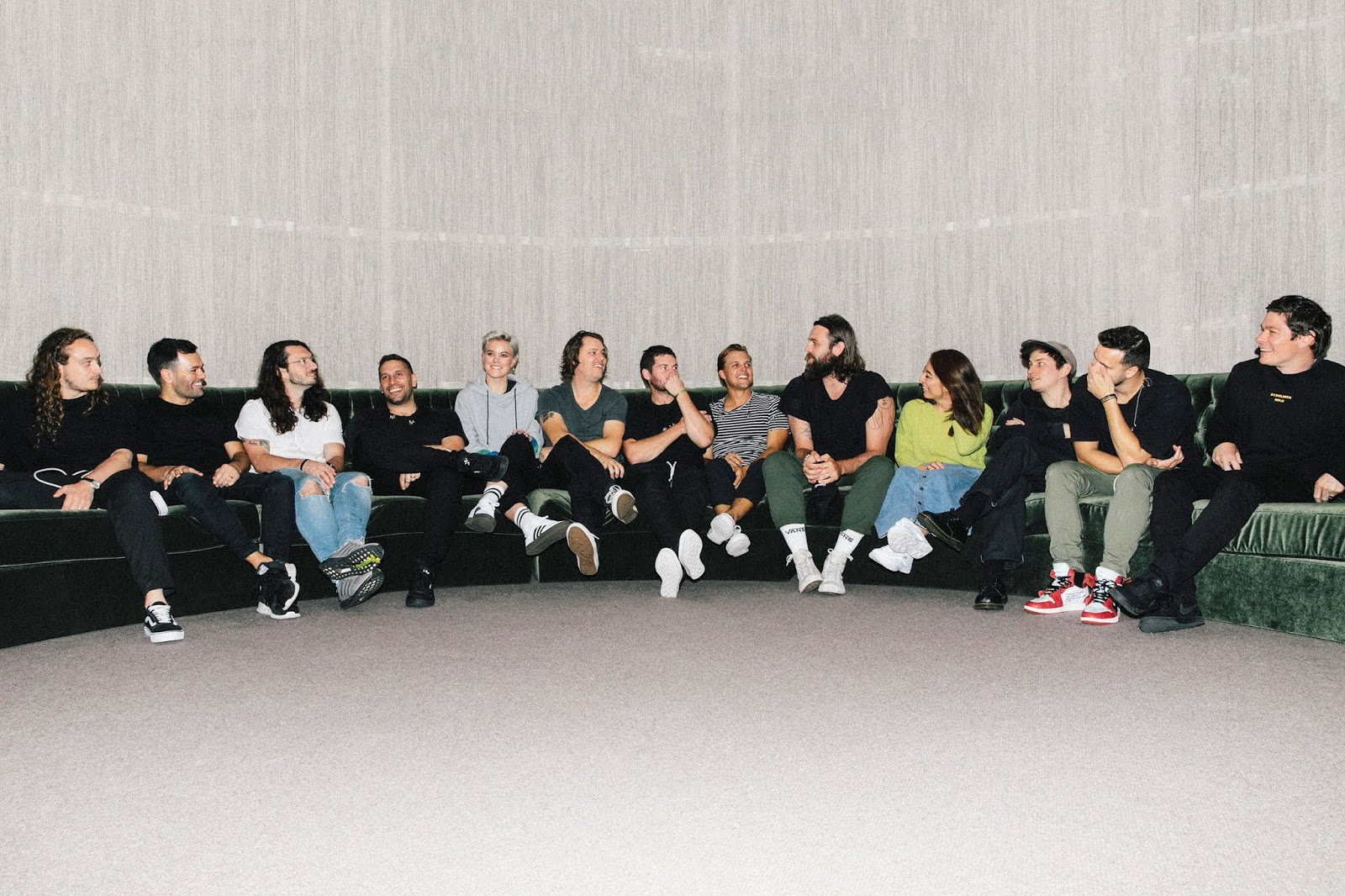 hillsong united people tour team