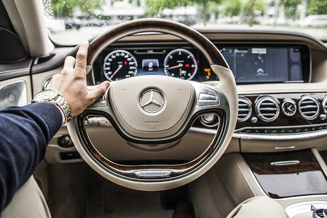 Mercedes Spies On Drivers By Installing Secret Tracking Devices In Cars