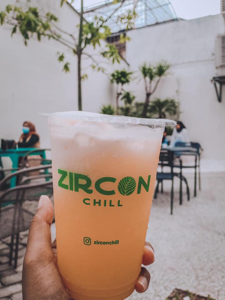 Minuman Zircon Chill