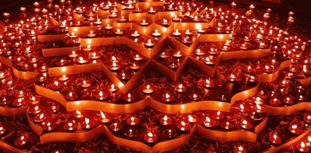 வருடம் முழுதும் மகாலக்ஷ்மியின் அருள் கிட்ட தீபஒளி திருநாள் பரிகாரங்கள்