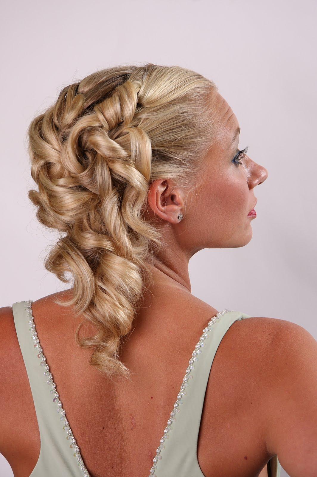 Wedding hair stylist | Jewelry Accessories World