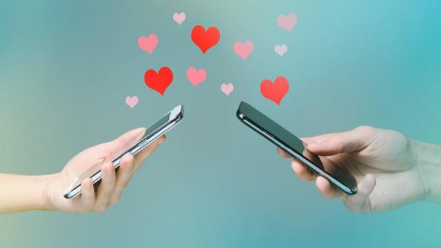 Flirting on Facebook and social media