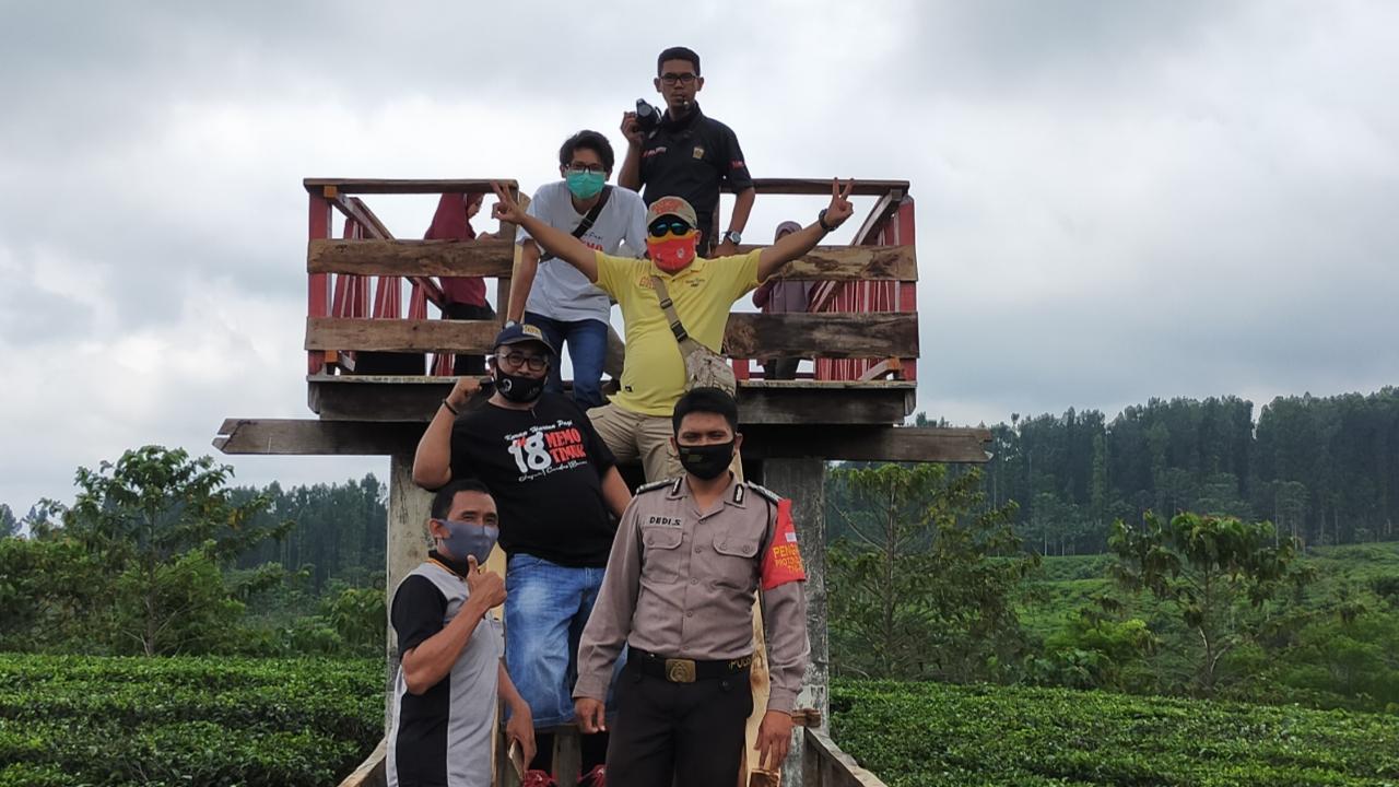 Polsek Gucialit Sosialisasi Penggunaan Masker di Tempat Wisata