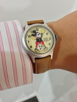 http://westernwatch.blogspot.com/2013/12/ingersoll-mickey-mouse-30s-collection.html