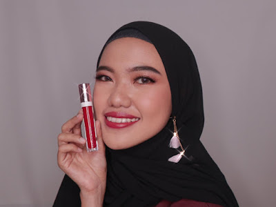 ESQA  X BCL Gloss Lip Liquid