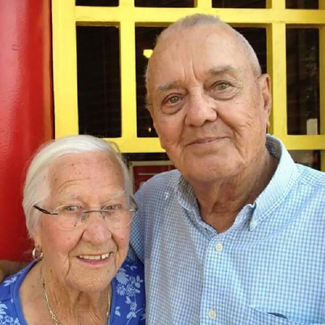 Пара, которая прожила вместе 75 лет, умерла в один и тот же день