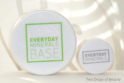 Everyday Minerals. Matte base в оттенке Beige 3N и корректор в оттенке Sunlight.