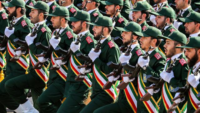 واشنطن تصنف الحرس الثوري الإيراني كمنظمة ارهابية و إيران ترد بالمثل