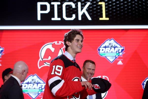 HOCKEY HIELO - NHL Draft 2019: Los Devils se quedan con Jack Hughes y los Rangers con Kakko