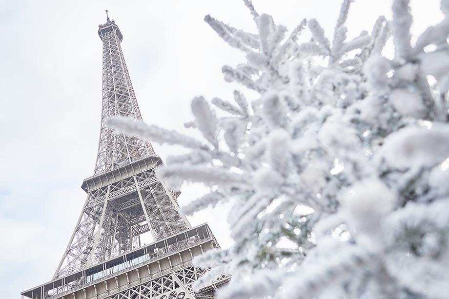 paris winter, eiffel snow