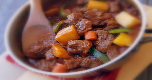 Beef Kaldereta (Beef Stew) Recipe