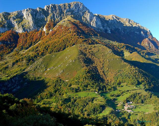 La Tesa Tixirúa y Traslacruz Parque Natural Las Ubiñas-Mesa