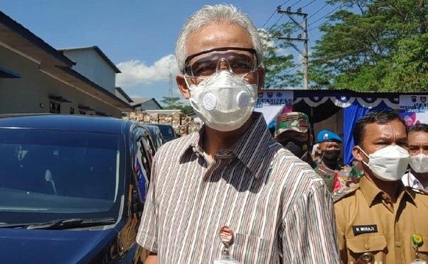 Tanggapi Naiknya Kasus Covid-19 di Jateng, Ganjar: Gubernurnya Gak Pinter