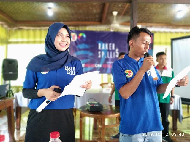 Esih dan Riyanto Pembawa Acara Rapat Kerja SPLLI ke 5