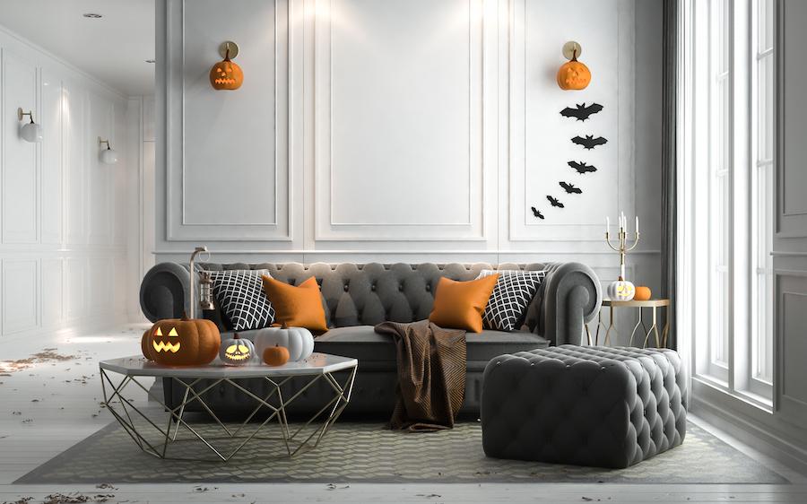 Salón decorado para celebrar halloween en casa.