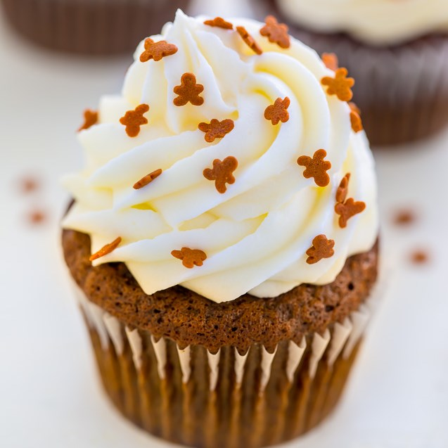 Gingerbread Latte Cupcakes #dessert #cupcake