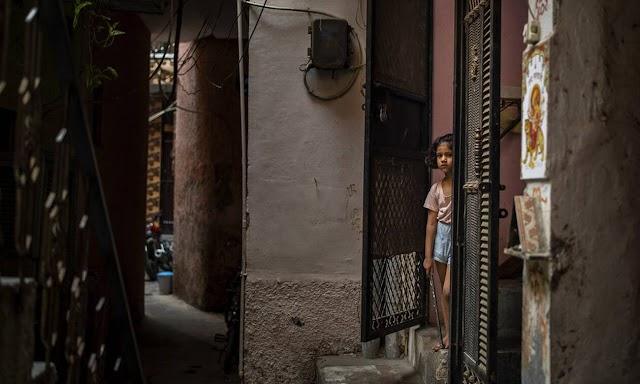 Φρίκη στη Ινδία: 15χρονη έπεσε θύμα ομαδικού βιασμού από 33 άνδρες