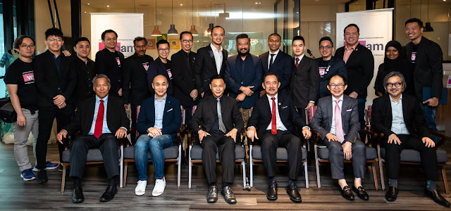 WEDDING PROFESSIONALS ASSOCIATION OF MALAYSIA (WPAM) OFFICIAL LAUNCH Standing L-R: Trevor Soo, Ng Jiun Wai, Calven Lim, Yap Chuan Xin, S Panneerselvam a/l Shanmugam, Low Tah Cheng, Nic Seow, Paul Kong, Akmal Hakim Bin Rusly, Kamalesan a/l Kamalakaran, Christopher Choot, Lestony Lee, Jackal Cheng, Nur Diana MP, Max Goh. Seating L-R: Datuk Michael Kang, His Royal Highness Naravong Norodo, Patrick Low, Yang Berbahagia Datuk Ahmad Shah Hussein Tambakau, Dato' Lewre Lew, Datuk Eric Chong.