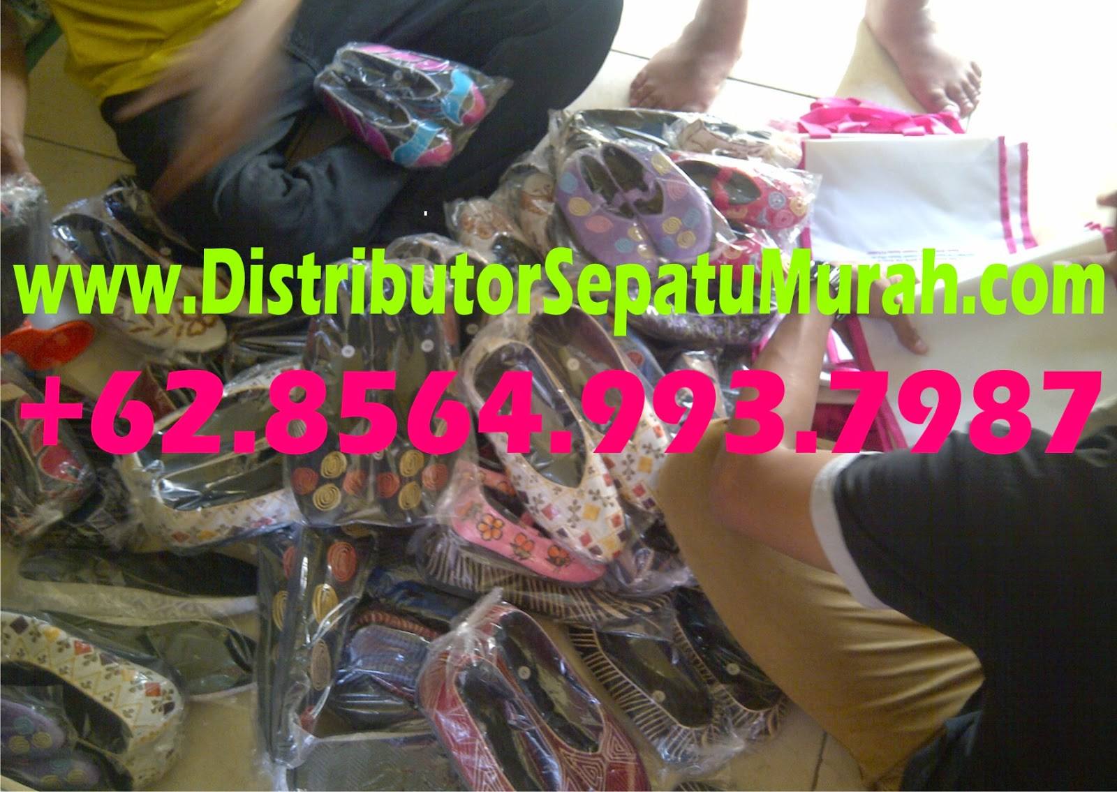 Kasut Wanita Saiz Besar, Pembekal Kasut Wanita, Jenama Kasut Wanita, www.distributorsepatumurah.com