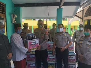 Dirbinmas Polda Metro Jaya KBP Badya Wijaya SH MH Datangi Pondok Pesantren Al Mawaddah Ciganjur