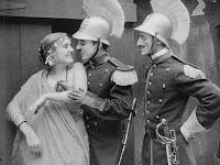 "Кадр из фильма Чарли Чаплина ""Пародия на Кармен"" / Burlesque on Carmen (1916) - 10"